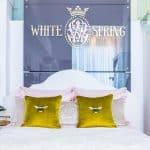 "Decorative Pillow ""Bee"""