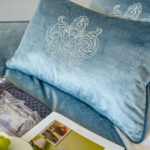 "Decorative Pillow ""Fleur de lis"""
