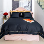 "Luxury Bed Linen Set ""Gold and Black"""