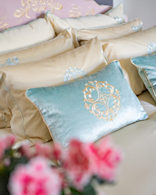 "Decorative Pillow ""Como"""